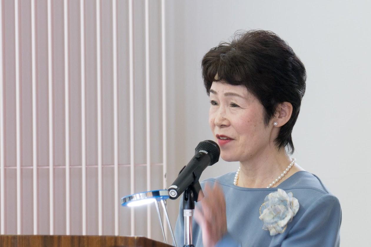 司会・長谷川康子さん