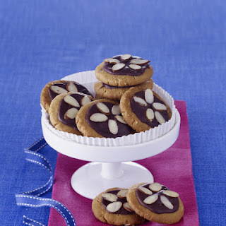 Almond and Butter Cookies