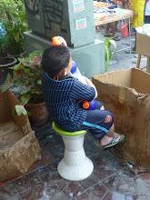 Photo: Jak je vidět, chlapeček má vše pod kontrolou.