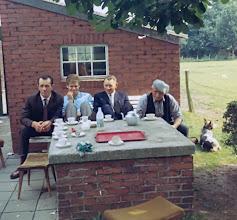 Photo: Job Vedder, ?? Jan Oosting en pap Oosting
