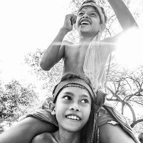 Cambodia martial by Liaunya Haji Awengz - Sports & Fitness Boxing