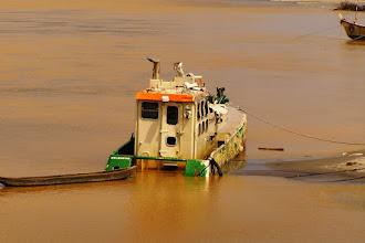 Photo: Ship wrecks to the way to Takoradi