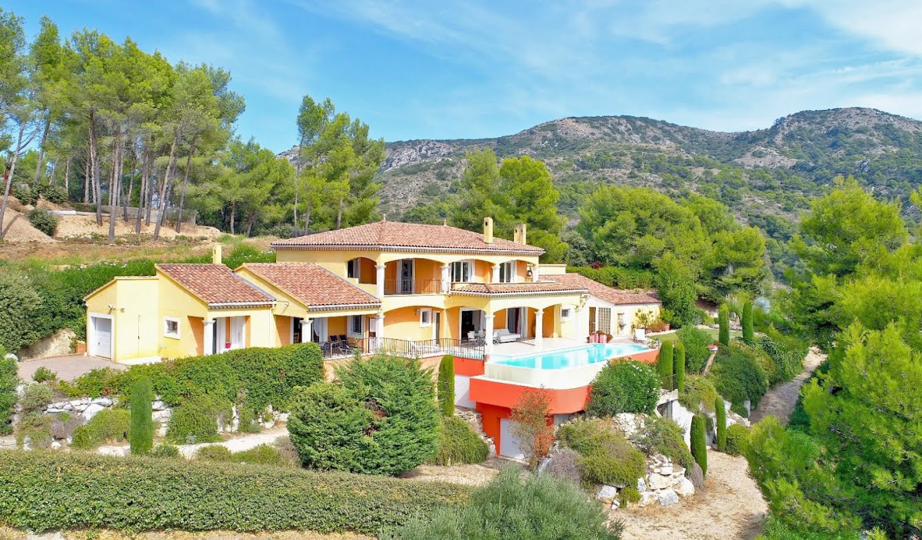 House with pool and terrace Cavaillon