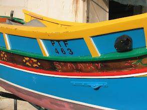 Photo: Luzzi - paikallinen kalastajavene