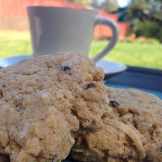 """Gluten-Free """"Almond Joy"""" Scones (10 Ingredients)"""