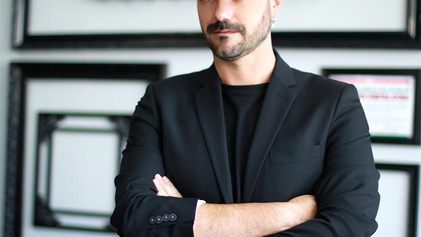 El diseñador Sergi Regal: un incansable de la moda