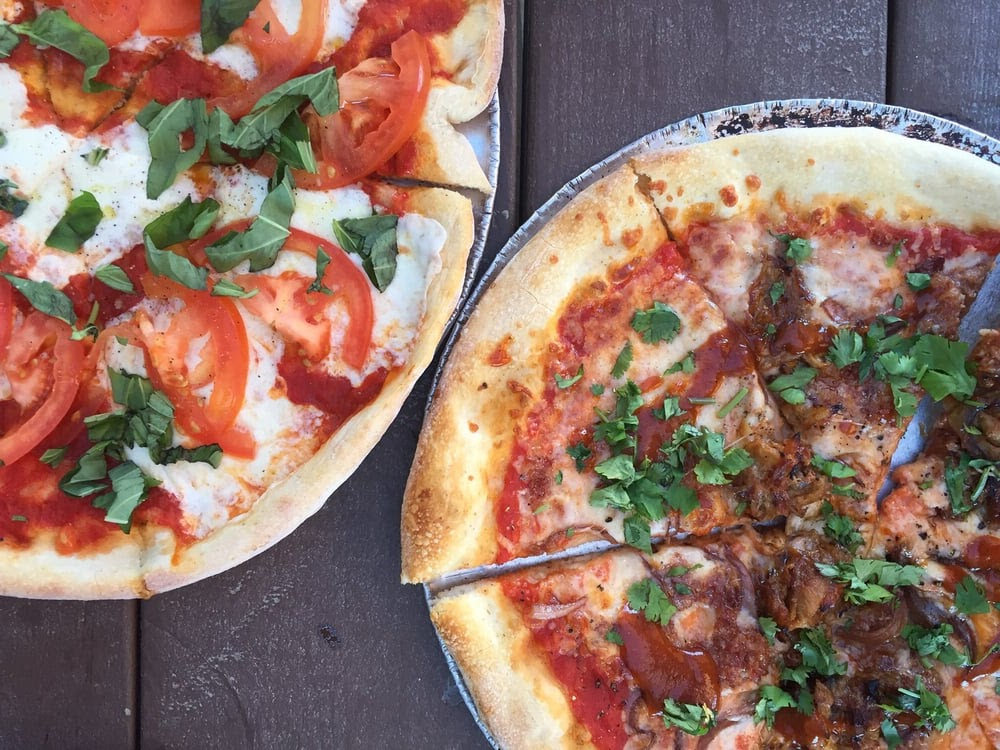 These Places Serve The Most Mouthwatering Pizza In Lewisville Texas