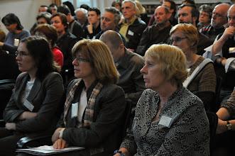 Photo: uprostřed: Věra Luxová, předsedkyně Správní rady Nadačního fondu Josefa Luxe