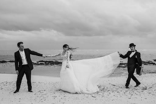 Wedding photographer Víctor Martí (victormarti). Photo of 16.03.2016