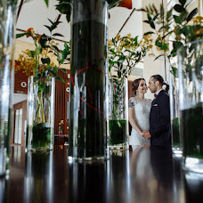 Wedding photographer Andrey Litvinovich (litvinovich). Photo of 24.04.2018