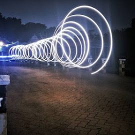 Mystery loop by Basil Xavier Simon - Abstract Light Painting