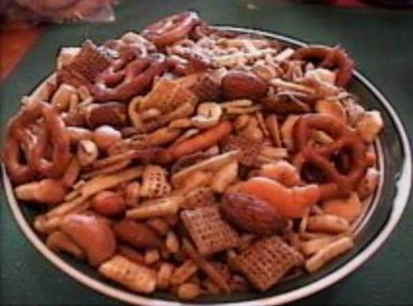 This Is As Good And As Healthy A Snack As You Can Get Either During The Holidays Or Anytime For That Matter.  Seasoned Just Right, Texas Trash Is Addictive!  It Makes No Difference How Much You Make..... It Will All Be Gone Before Long!