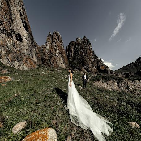 Fotógrafo de bodas Konstantin Tarasenko (Kostya93). Foto del 09.01.2018