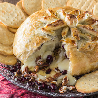 Baked Brie en Croute (with Honey, Cranberries and Pecans) Recipe