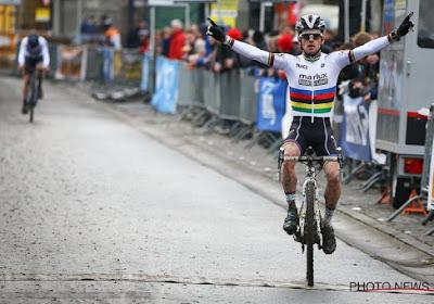 """Eli Iserbyt wint in Baal en draagt zege op aan familie De Clercq: """"Hopelijk een lichtpuntje in deze donkere dagen"""""""