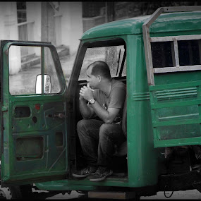 Cuban Life by Cindy Walker - Novices Only Street & Candid