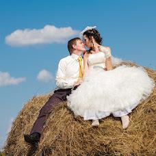 Wedding photographer Anastasiya Karaleva (karaleva90). Photo of 24.02.2013