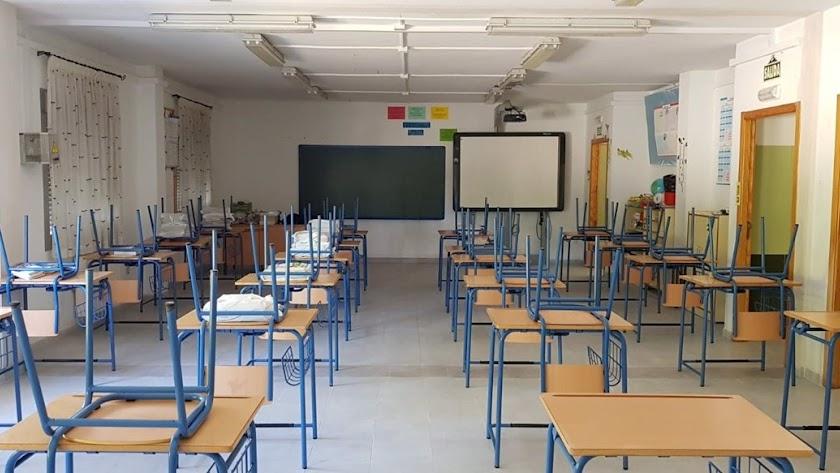Imagen de archivo de un aula escolar.