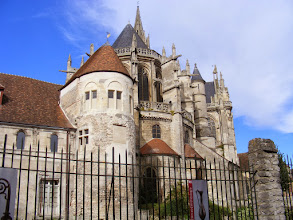 Photo: The town's main attraction is the Cathedrale Notre Dame, one of the very earliest Gothic structures in France. This approach is from the rear.