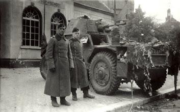 Photo: 1940 Franse Panhard vernietigd door Duitsers in Princenhage