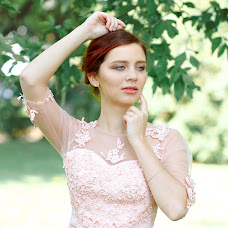 Wedding photographer Anastasiya Alekseeva (Anastasyalex). Photo of 19.09.2017