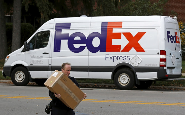 FedEx to end Amazon contract for air delivery service