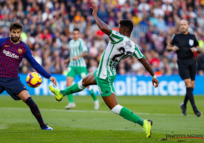 Junior Firpo ruilt Real Betis voor Barcelona