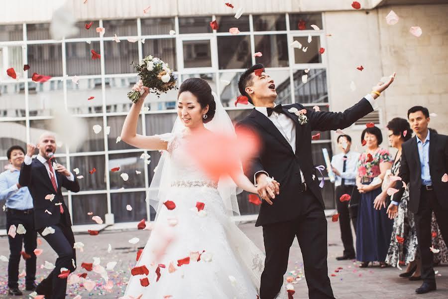 Wedding photographer Слава Семенов (ctapocta). Photo of 21.06.2014