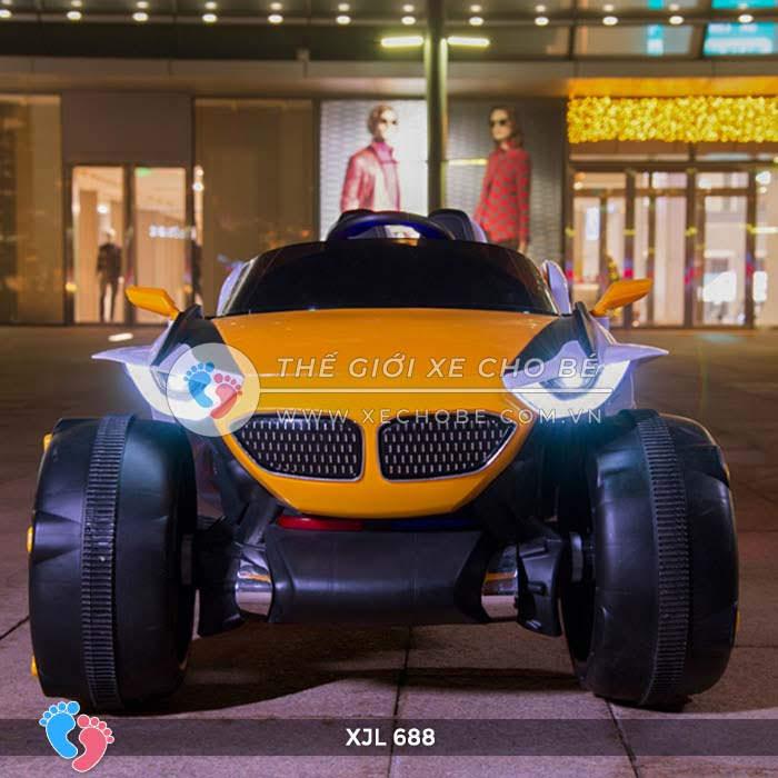 Xe ô tô điện địa hình cho bé XJL-688 7
