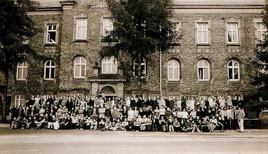 Photo: W 55 roku istnienia szkoły - maj 2002 r.