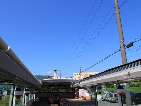 WILLER(網走バス)「レストランバス」 札幌8888 手動開閉ルーフ全開 その2