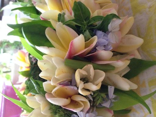 couronne-fleurs-tiare-tahiti-mivareva