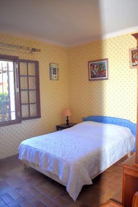 Vente villa 8 pièces 296 m2