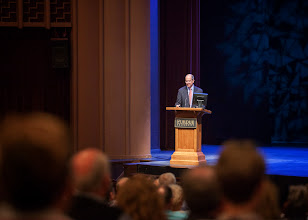 Photo: Dr. Stockton Lecture by Dr. Alex Dunlap, DVM, MD, DACFP, Chief Veterinarian for NASA