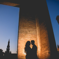 Wedding photographer Lola López y Álvaro Ruiz (LolayAlvaro). Photo of 19.08.2016
