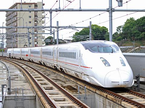 JR九州 800系新幹線電車「さくら」「つばめ」 熊本駅にて