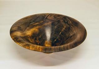 "Photo: Joe Barnard 8"" x 3"" bowl [walnut crotch]"