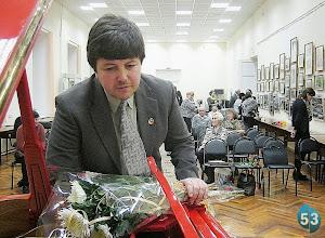 Photo: Novgorod, den 26. november 2012 (etter konserten). Foto: Vladimir I. Bogdanov, 53 News, http://53news.ru/novosti/2684-muzykant-iz-velikogo-novgoroda-predstavil-tri-svoikh-romansa-na-stikhi-akhmatovoj.html
