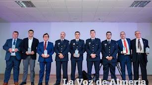 Foto de familia de los galardonados en la tercera edición de los Premios Comarca de Níjar