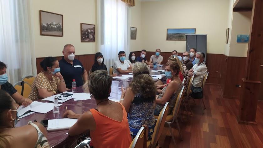 Reunión mantenida recientemente en el Ayuntamiento.