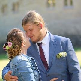 by Carola Mellentin - Wedding Bride & Groom (  )