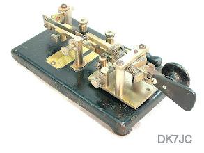 "Photo: Halbautomat Model -X- Nr.63600  Vibroplex 1911-25 USA  ""W""  #420"