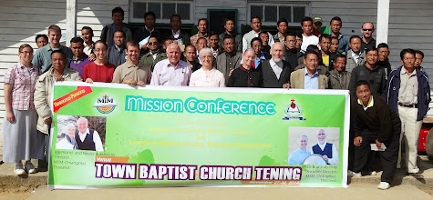 Photo: The full pastoral missions conference group at Tening Town.