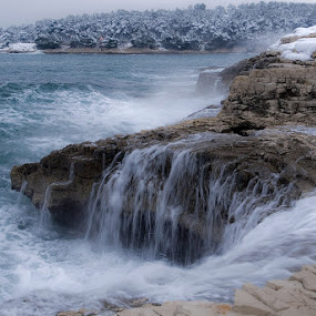 Pula, Lungo Mare, Croatia by Elvis Pažin - Landscapes Beaches ( lungo mare, croatia, pula )