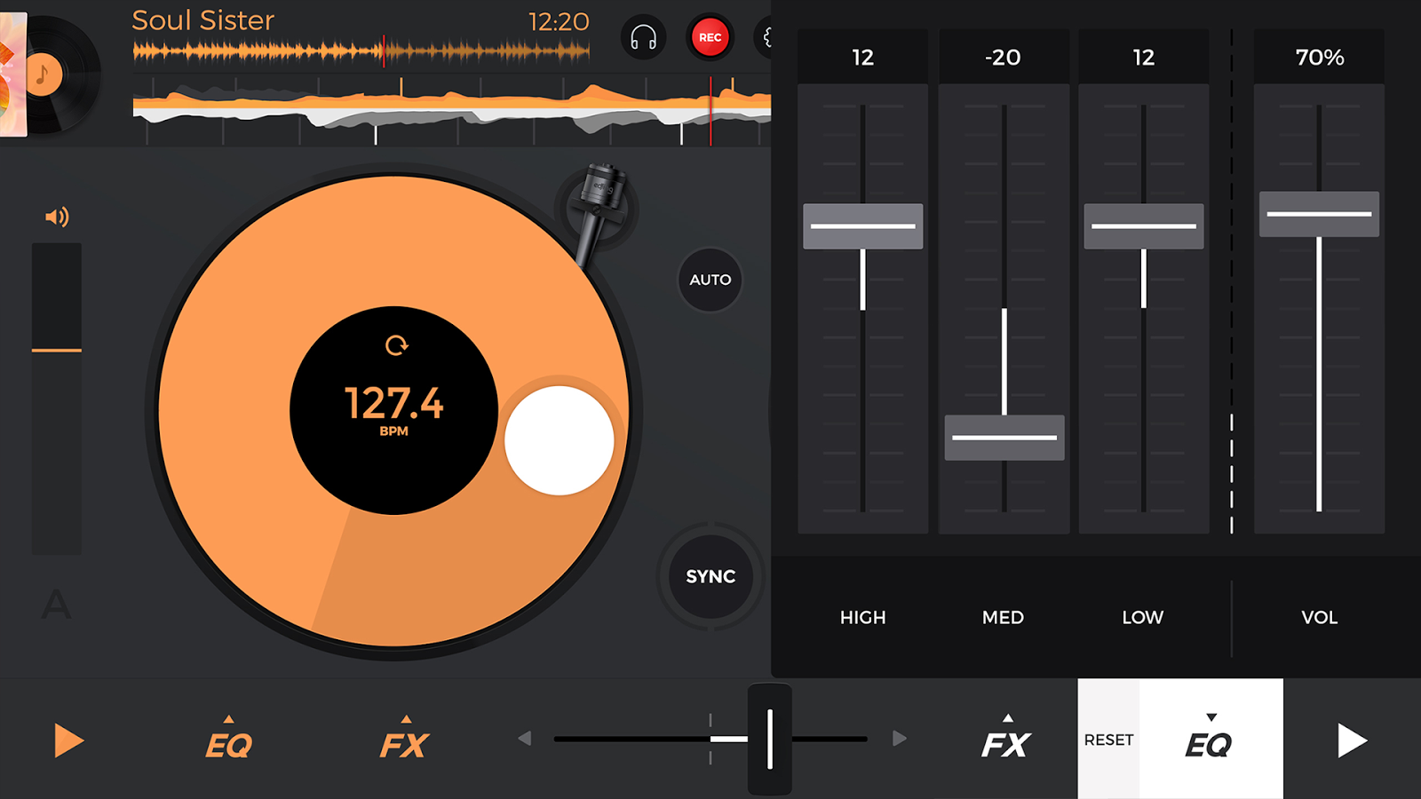 Screenshots of edjing 5 DJ Music Mixer Studio for iPhone