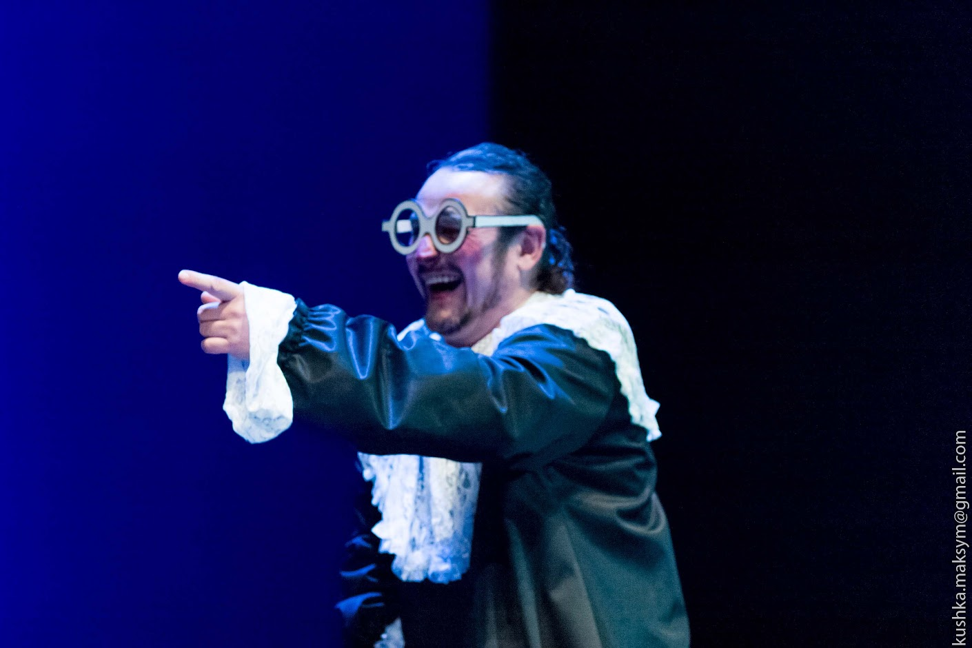 Бульварний гумор XVII сторіччя, або класичний фарс від вінницьких акторів і режисера
