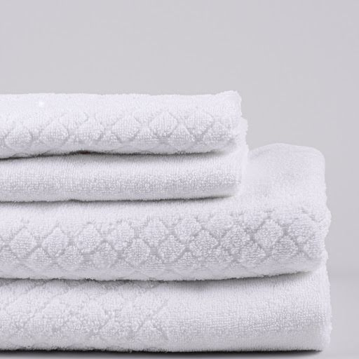 Modesty handduk vit - Stilfullt mönstrad