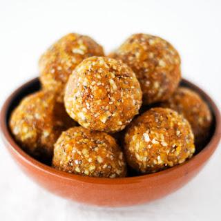 Apricot Almond Energy Bites {Vegan}.