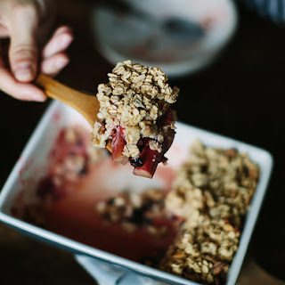 Rhubarb And Strawberries Baked With Oats