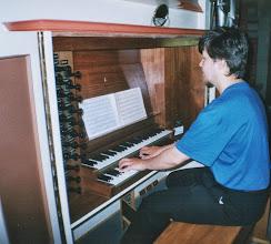 Photo: Sande kyrkje, juni 2002